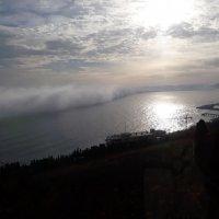 Стена из солнца и тумана (Ялта 03.12.2017)